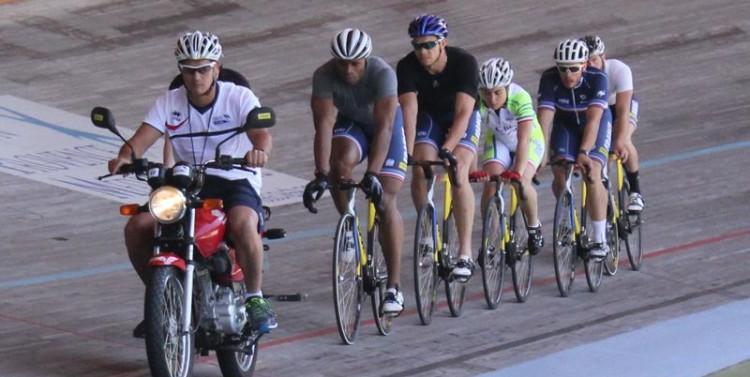 La piste olympique française peaufine sa préparation à Hyères