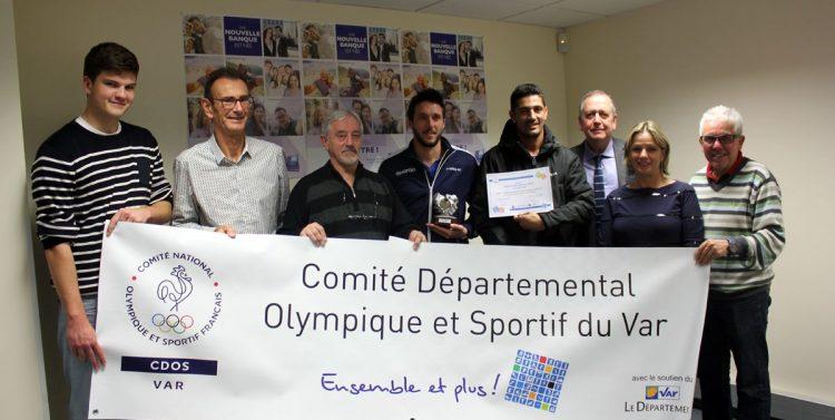 """Le """"Geste Fair-play du mois"""" de décembre 2016 pour les Seniors du Hyères Football Club"""